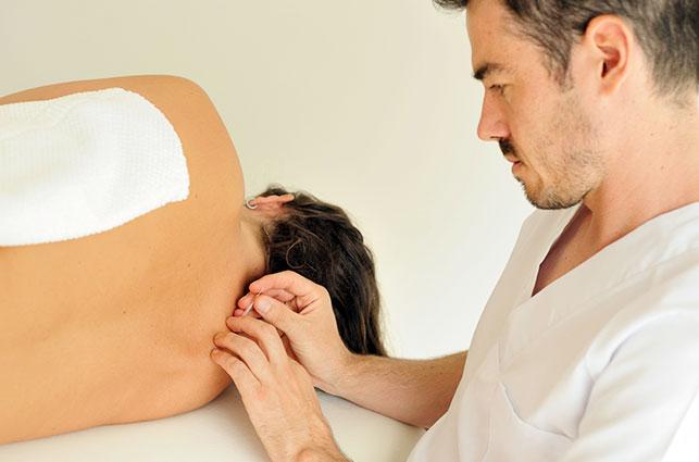 tratamiento fisioterapeuta lesion laboral